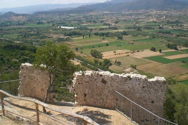 La Valle del Cedrino vista dal Castello di Pontes